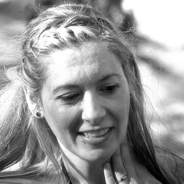 Image of Lianna Papaleksi